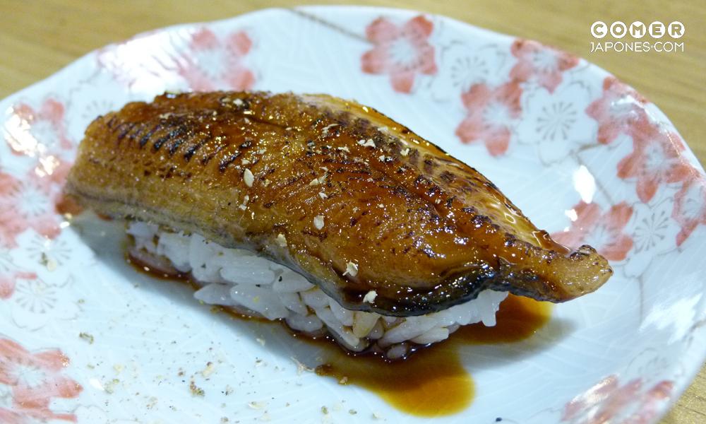 Unagi nigiri (nigiri de anguila)