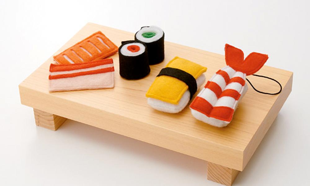 Kit de sushi de fieltro que propone Muji para estas fiestas