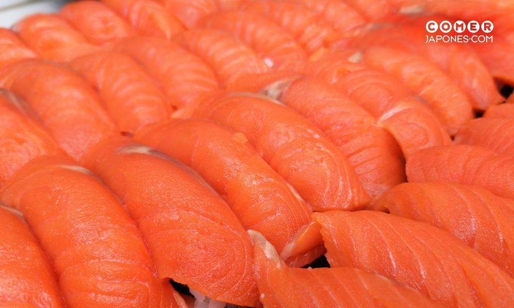 nigiri de salmón salvaje de Alaska