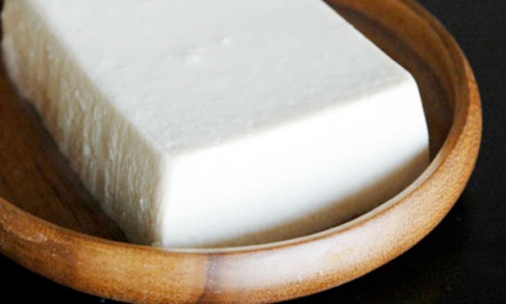 Como comer queso tofu